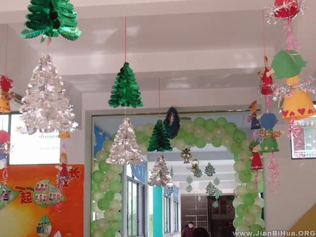 幼儿园/幼儿园大班室内吊饰布置:圣诞节吊饰