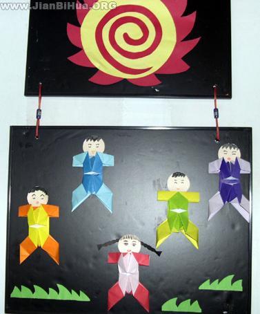 幼儿园中班室内吊饰布置:火影与小纸人