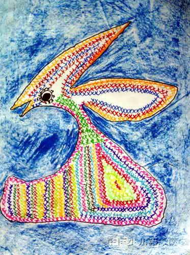 小白兔的花衣服儿童画,此幅油画棒画大小为500x373像素,作者陈宛悦,来自中原区电厂绿草地幼儿园,女,5岁.