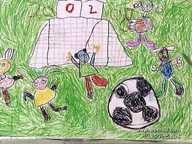 我要踢足球儿童画作品欣赏图片