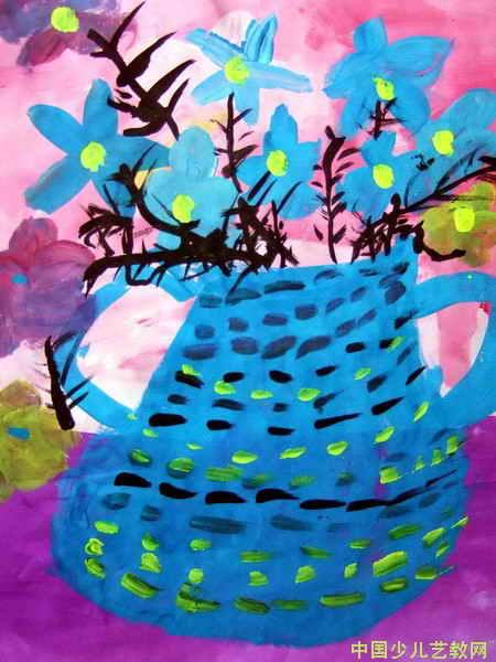 儿童 《蓝色调花瓶》/《蓝色调花瓶》郎紫晴5 岁(河南省郑州市)辅导老师马亚鸽