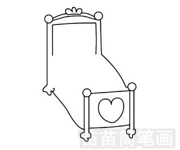 公主床简笔画图片步骤三