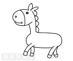 因此马总是站着睡觉,马最初是生活在森林里的,后来由于物种进化,转为草原生活,再后来随着人类的驯服开始适应各种环境的生存.