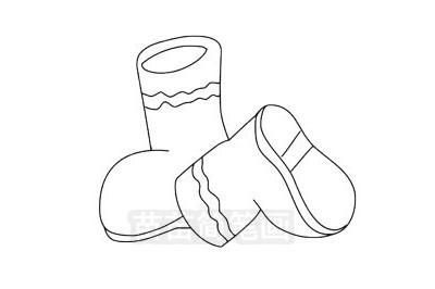 鞋子小知识:按材料分,有皮鞋、布鞋、胶鞋、塑料鞋;按工艺分,有缝绱、注塑、注胶、模压、硫化、冷粘、粘缝、搪塑、组装等鞋按款式分,鞋的头型有方头、方圆头、圆头、尖圆头、尖头,跟型有平跟、半高跟、高跟、坡跟鞋子,穿在脚上防止脚受到伤害的一种物品,在人类文明史前