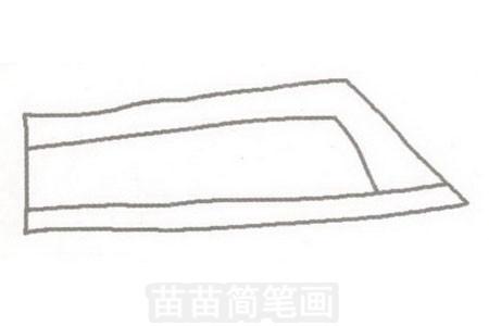 步骤一:长方形的车身,前下方是尖的.